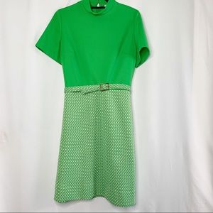 Vintage dress green and white with geometric print
